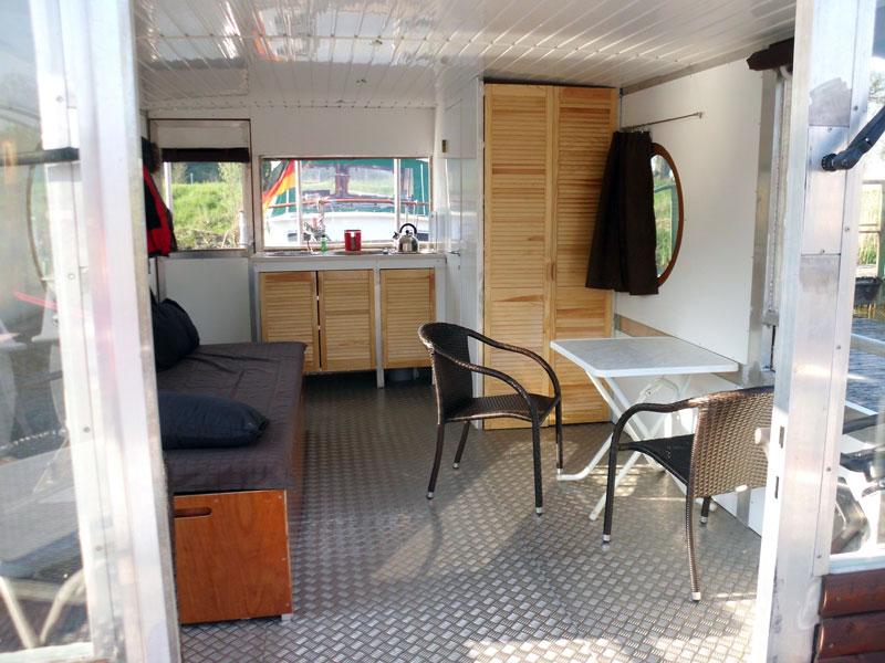 biberburg tours flo mieten. Black Bedroom Furniture Sets. Home Design Ideas